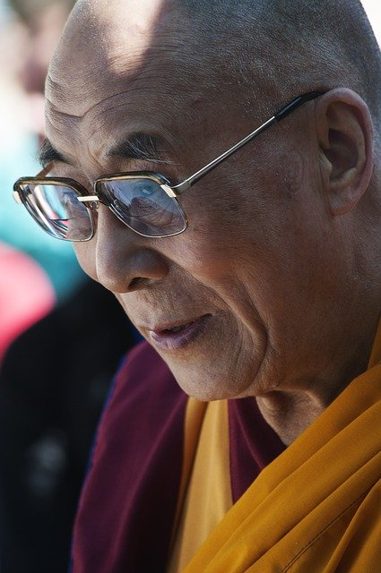 The Dalai Lama's 18 Golden Rules on Living